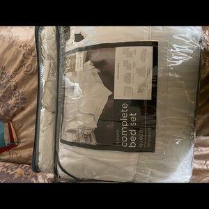 Other - Queen size duvet